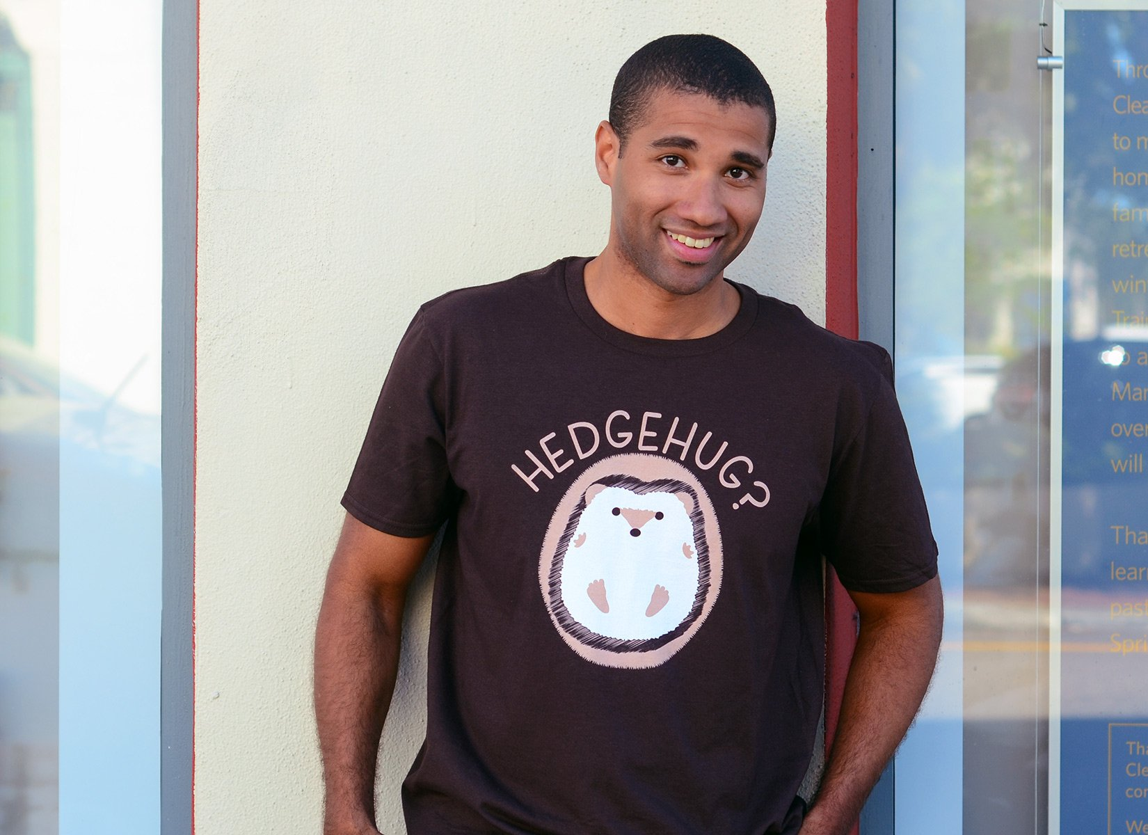 Hedgehug on Mens T-Shirt