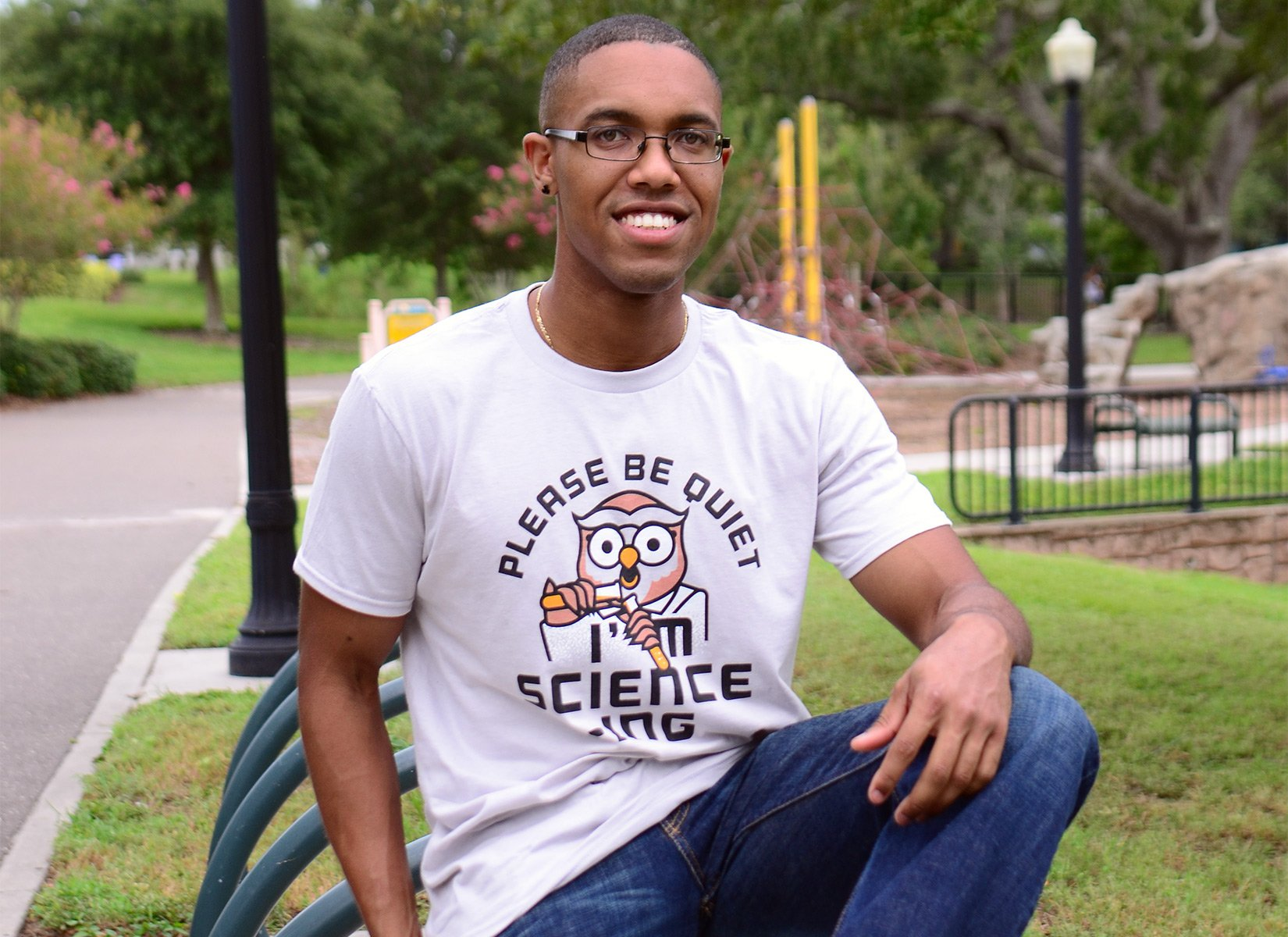 I'm Science-ing on Mens T-Shirt