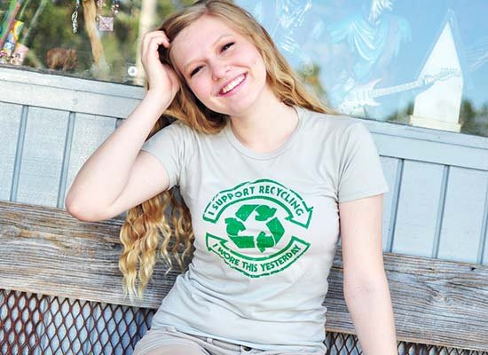 I Support Recycling on Juniors T-Shirt