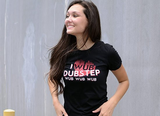 I Wub Dubstep on Juniors T-Shirt