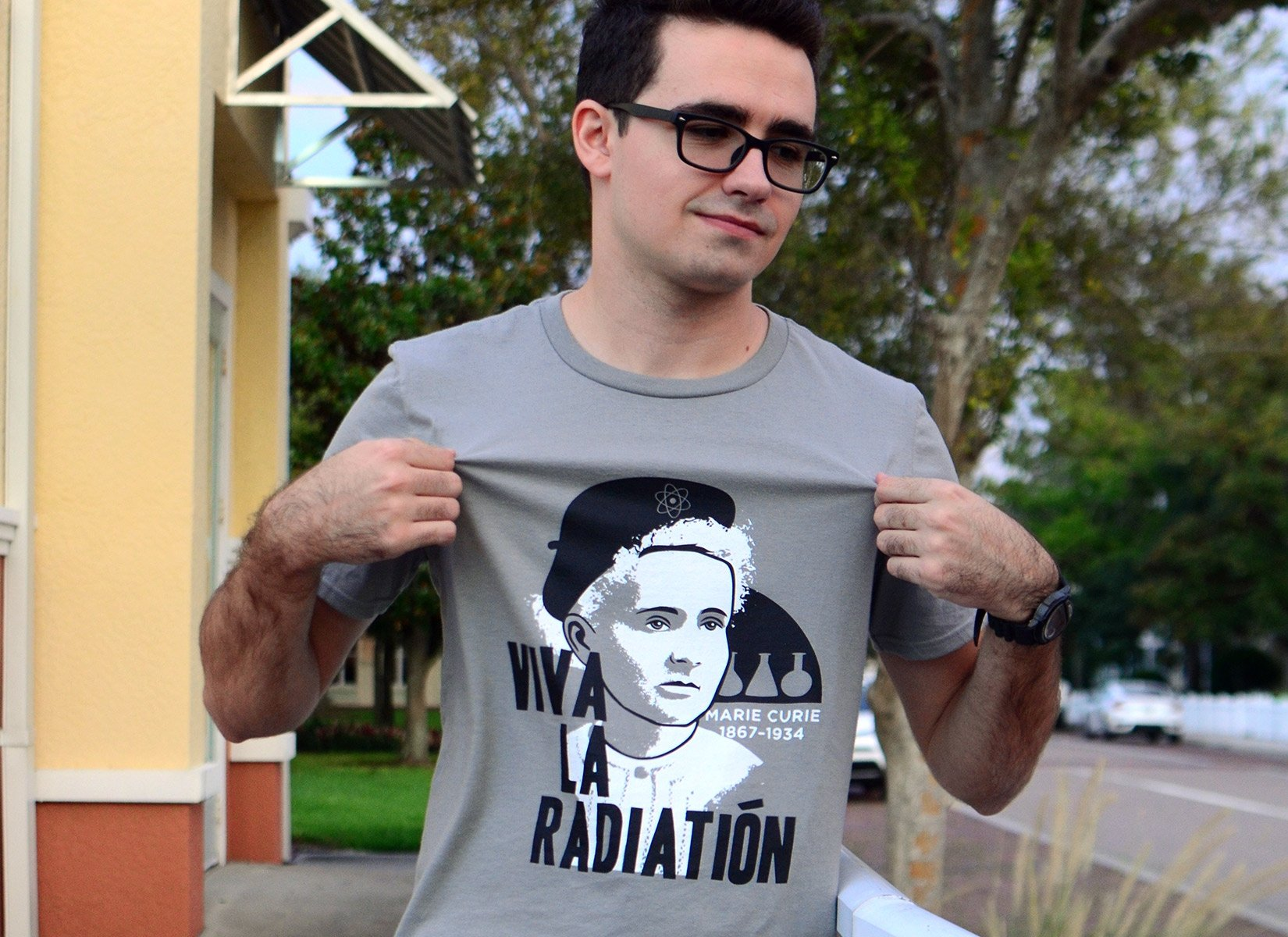 Viva La Radiation on Mens T-Shirt